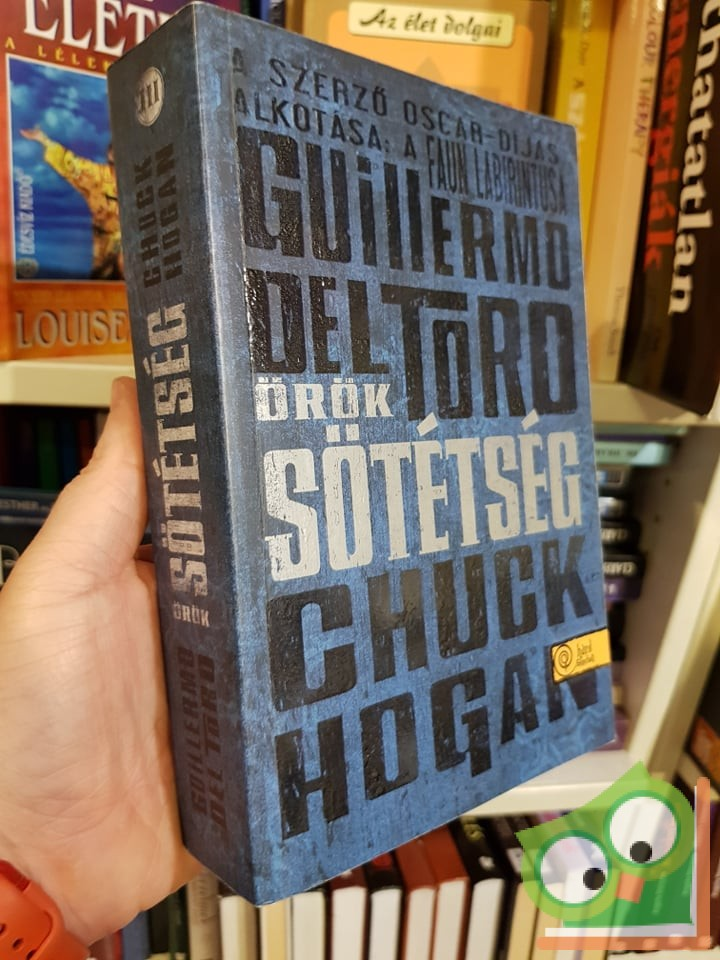 Guillermo del Toro, Chuck Hogan: Örök sötétség (Kór-trilógia